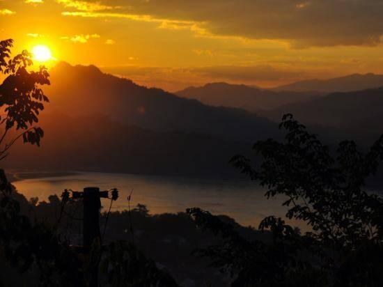 Pôr do sol na Ásia