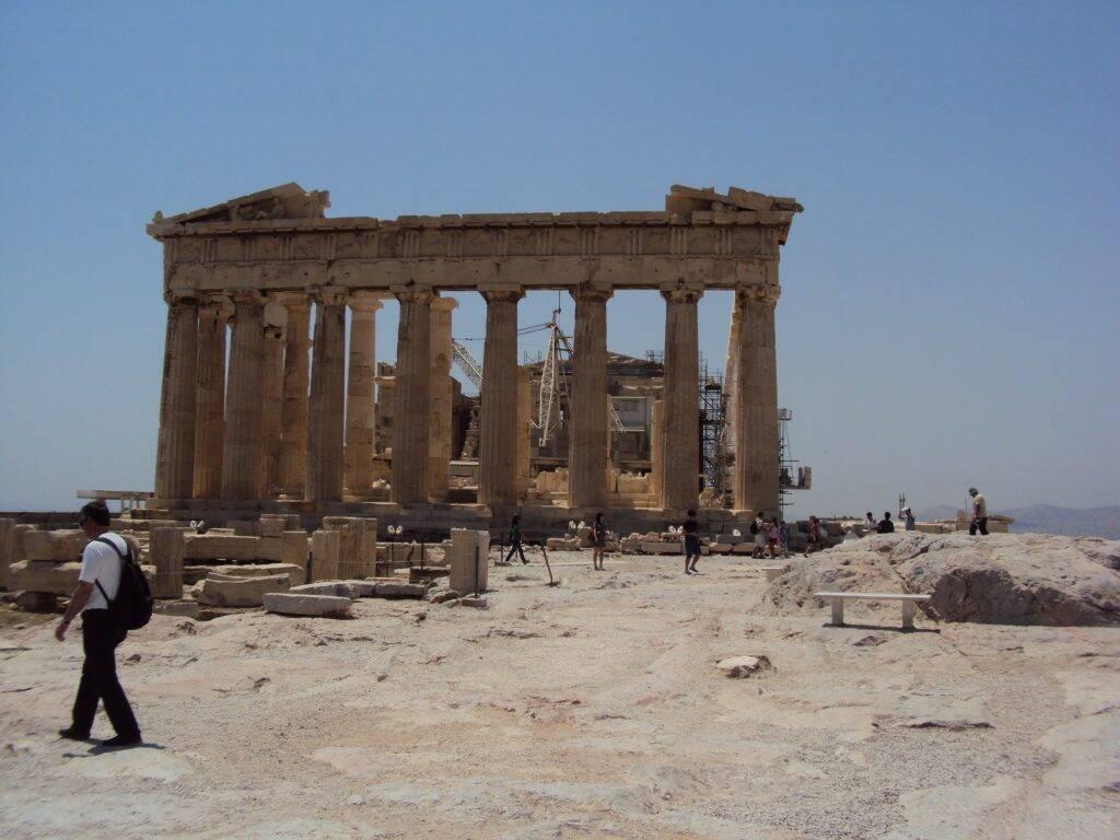 As espetaculares construções de Acrópoles, que incluem o imponente Partenon.