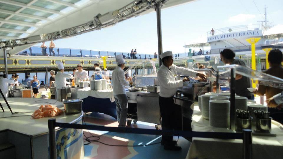 Buffet do resgate, ops! Do Costa Mediterranea - o resgate dos chicken fingers