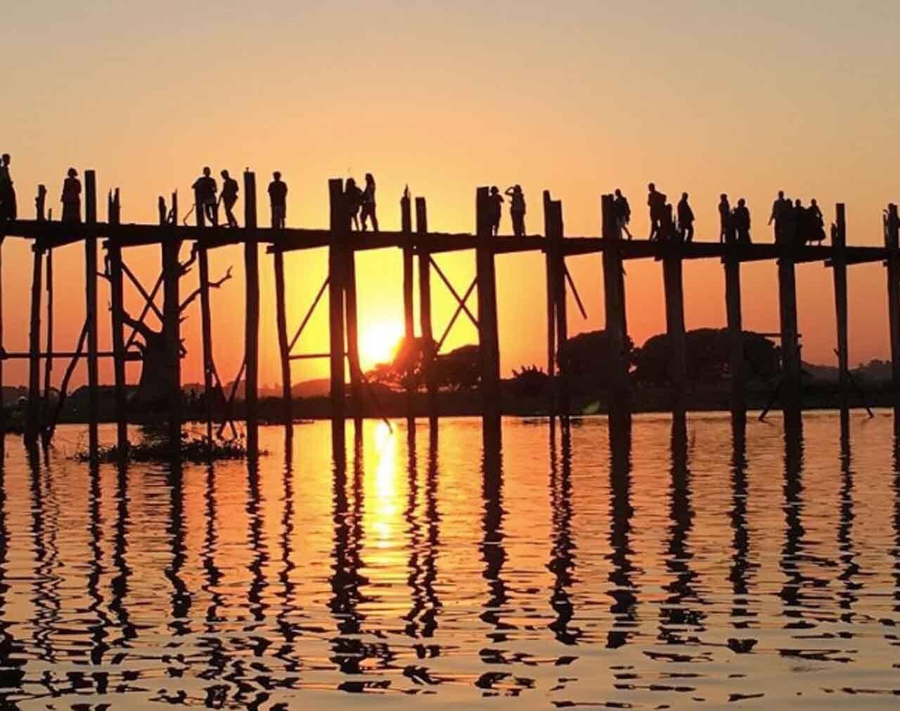 "U bein bridge no Myanmar - Foto marcada com a Hashtag ""naproadavida"""