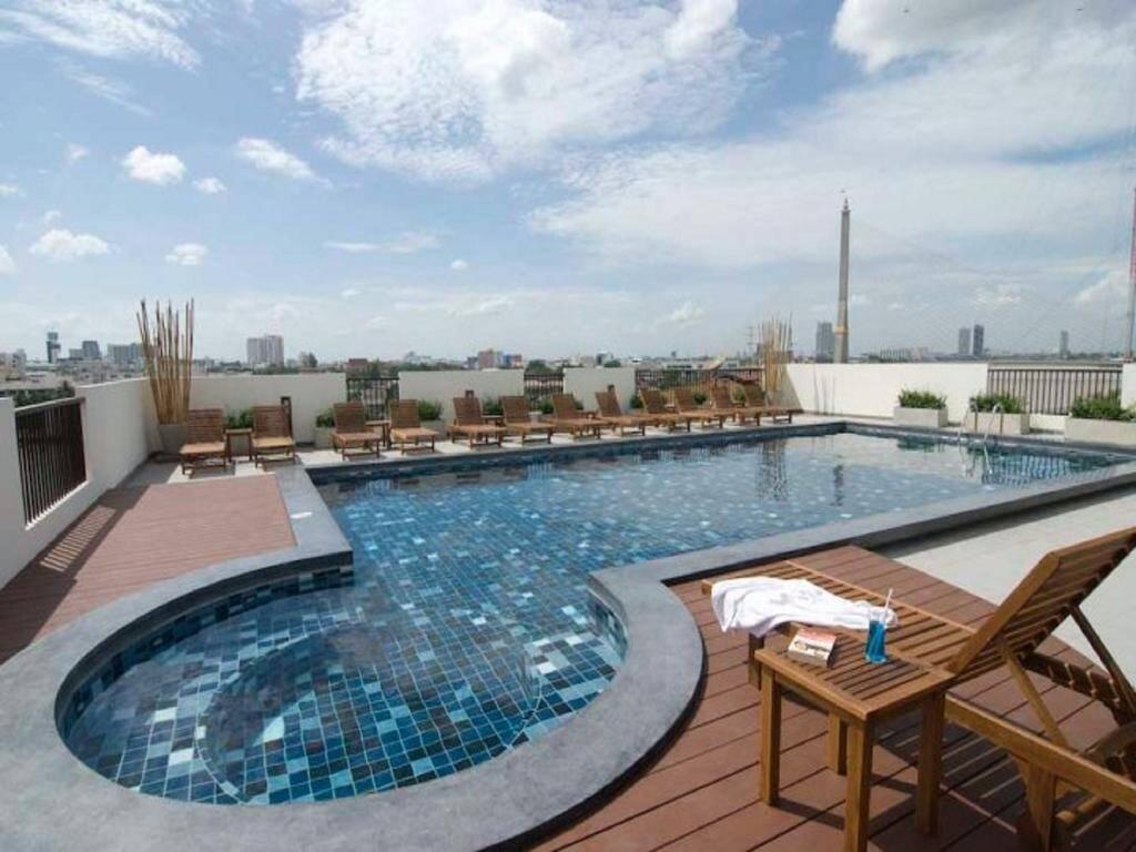 Navalai River Resort - pool