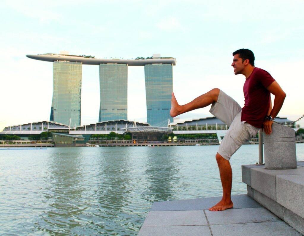 Brincando com um dos ícones de Singapura, o Marina Bay Sands Hotel. Onde ficar em Singapura