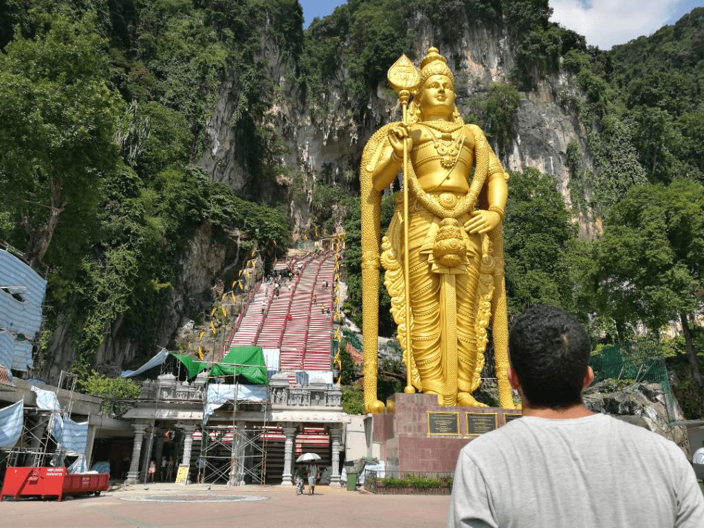 Entrada do templo Batu Caves - Kuala Lumpur, Malásia
