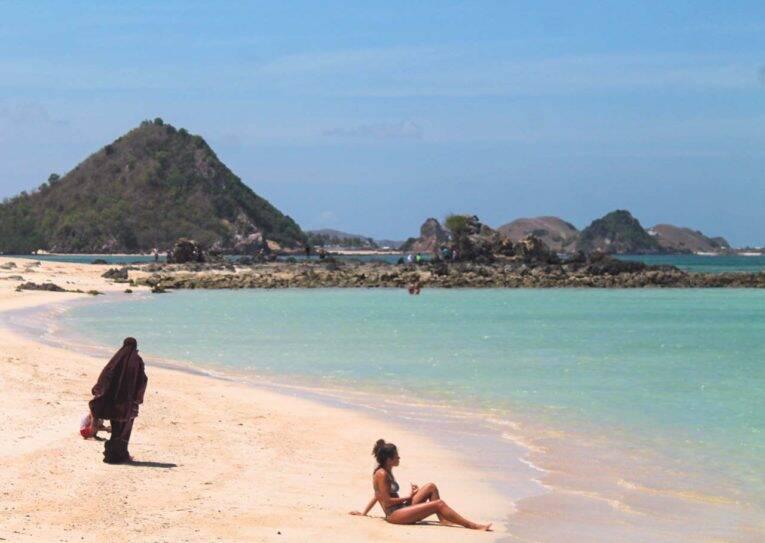 Kuda Beach, Indonésia. Um dos lugares que visitamos em nossa viagem na Indonésia incluindo Sumatra