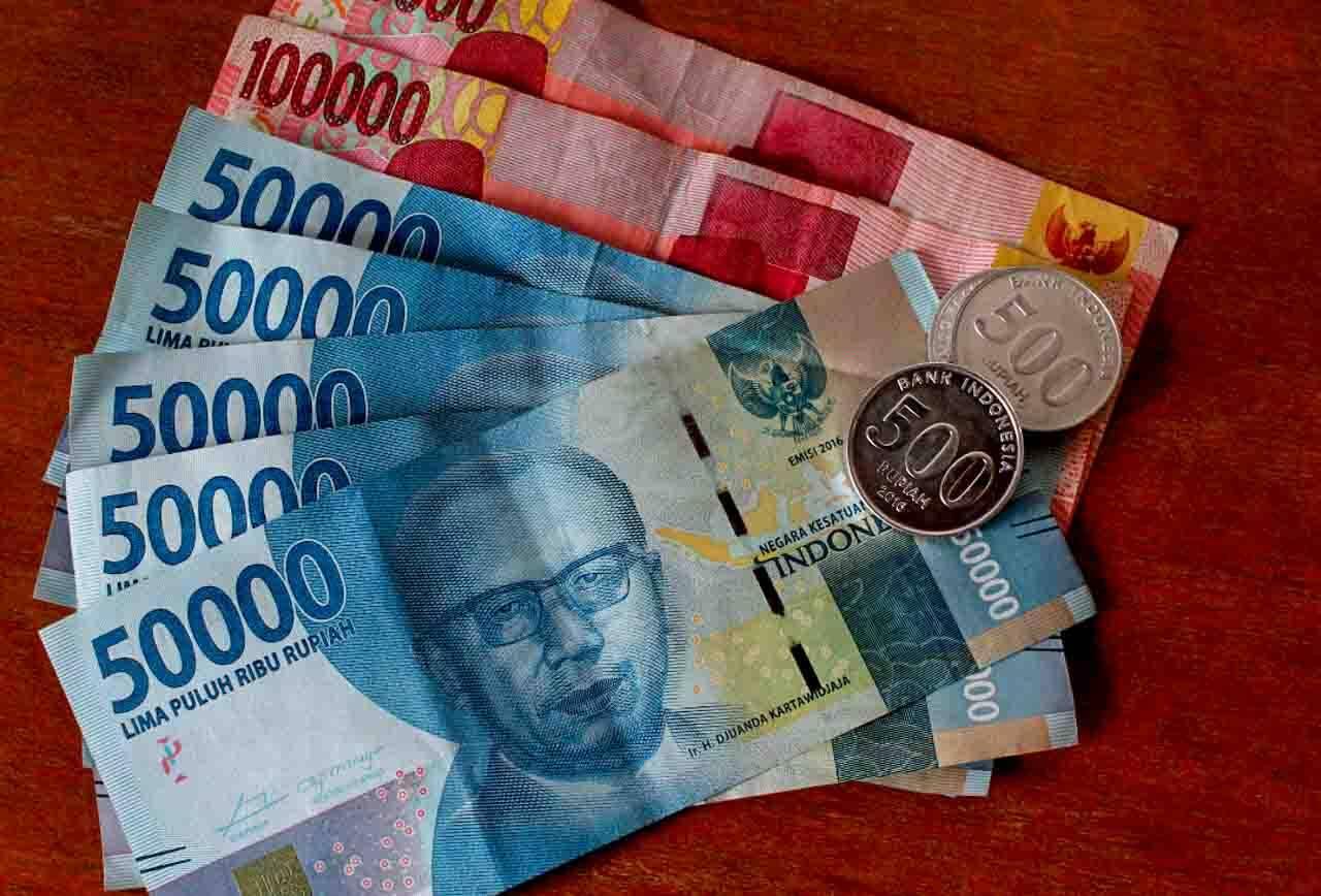 Rupiah dinheiro Indonésia - como viajar em Sumatra