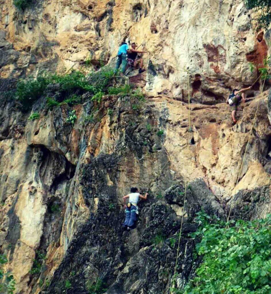Batu Caves - Adi climbing