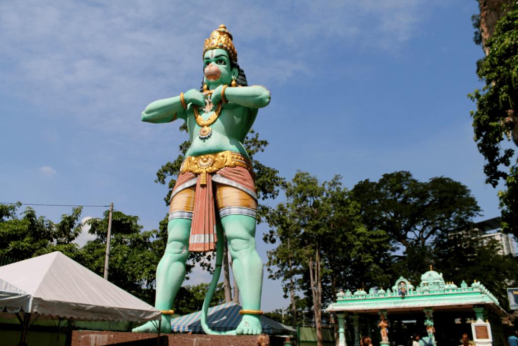Batu Caves - Hanuman - Deus Macaco