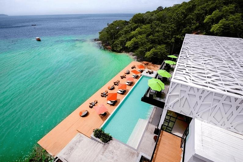 Hotéis com piscina em Phi Phi: onde ficar na ilha mais paradisíaca da Tailândia
