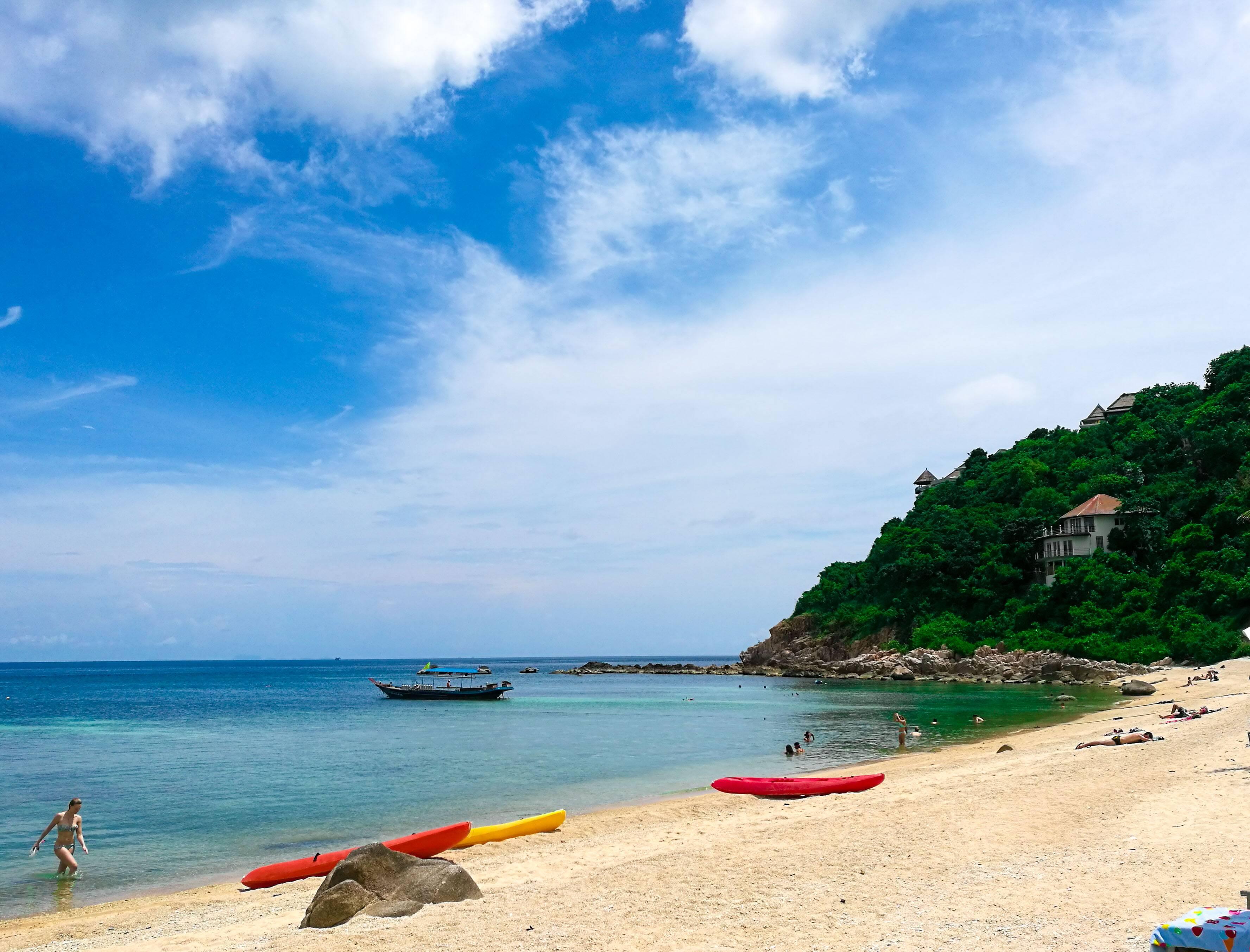 Koh Tao - Praia de Sai Daeng num dia de muito sol e snorkel - Sai Daeng Beach