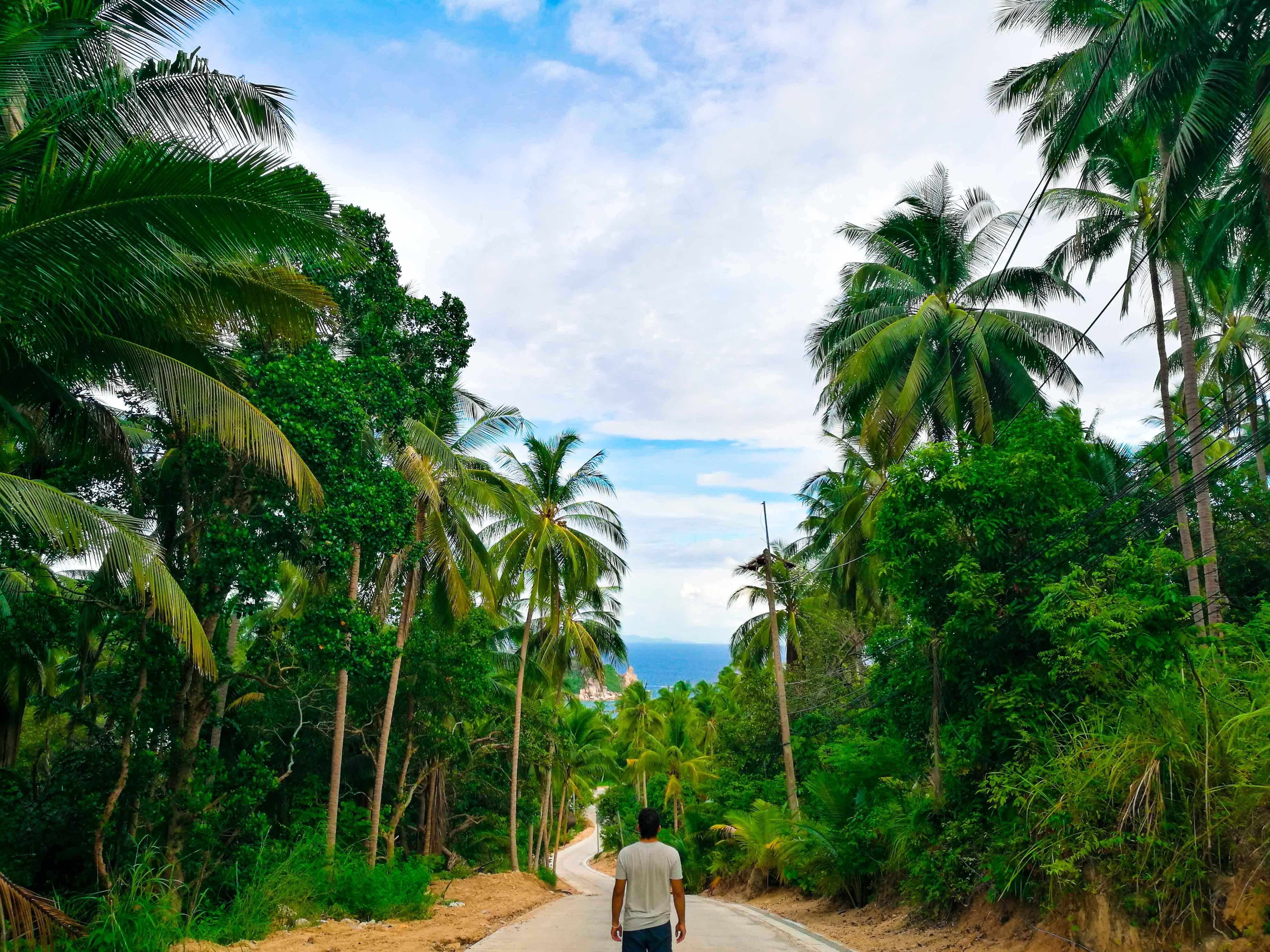 A caminho de Sai Daeng Beach. Uma das paisagens que mais gostávamos em Koh Tao