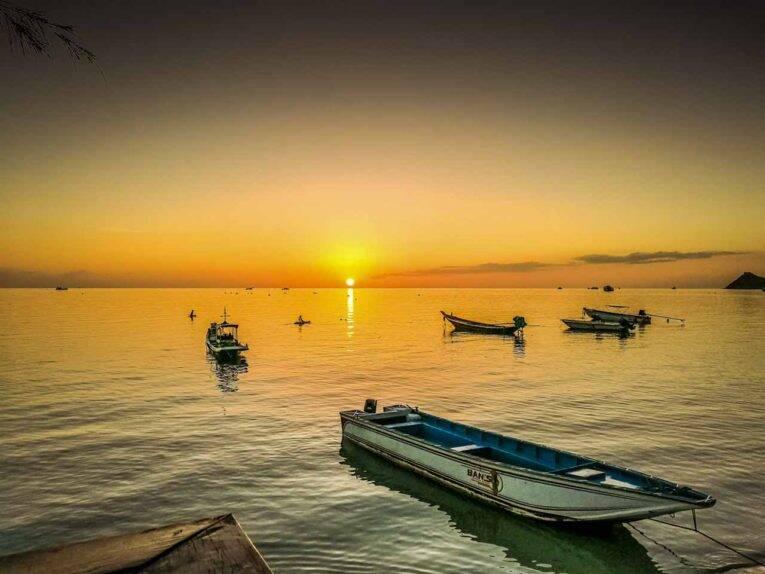 Pôr do sol em Sairee Beach, Koh Tao