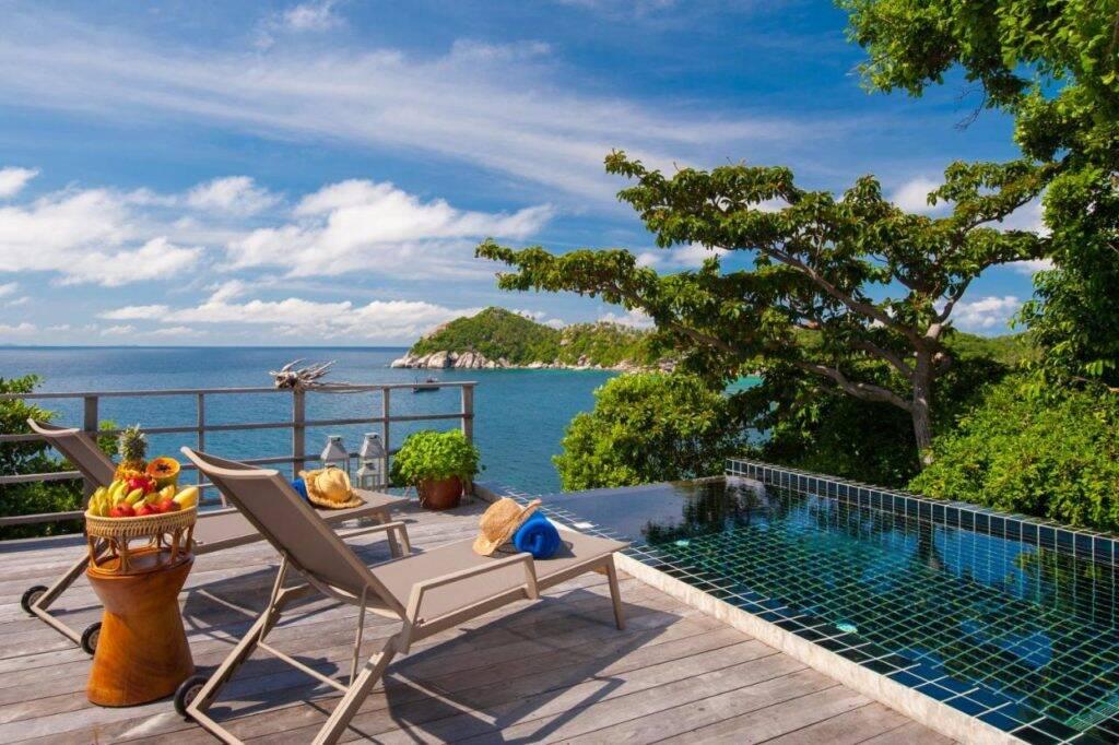 Piscina e a vista do Cape Shark Villas - onde ficar em Koh Tao