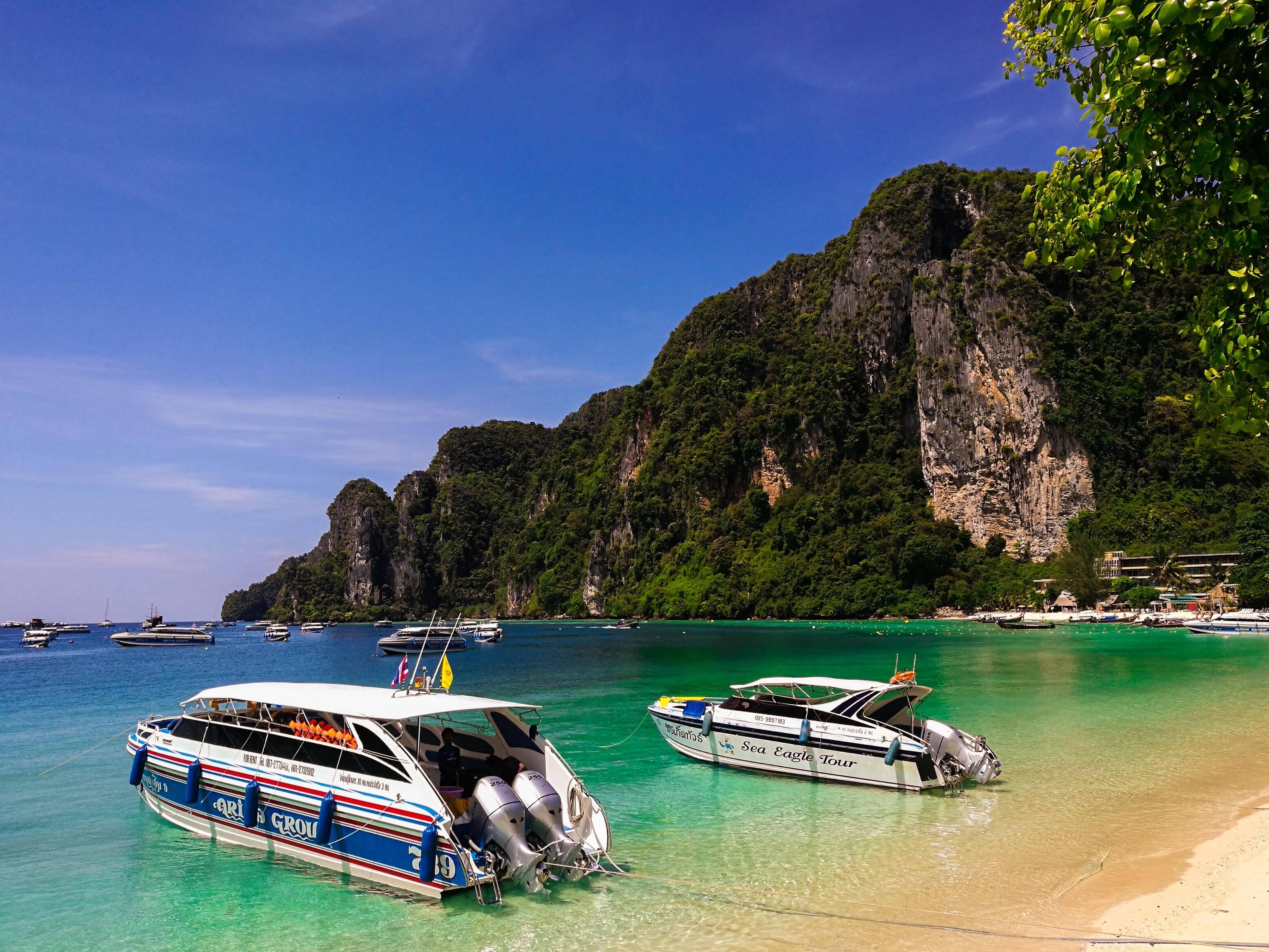 Passeio de barco em Phi Phi Islands
