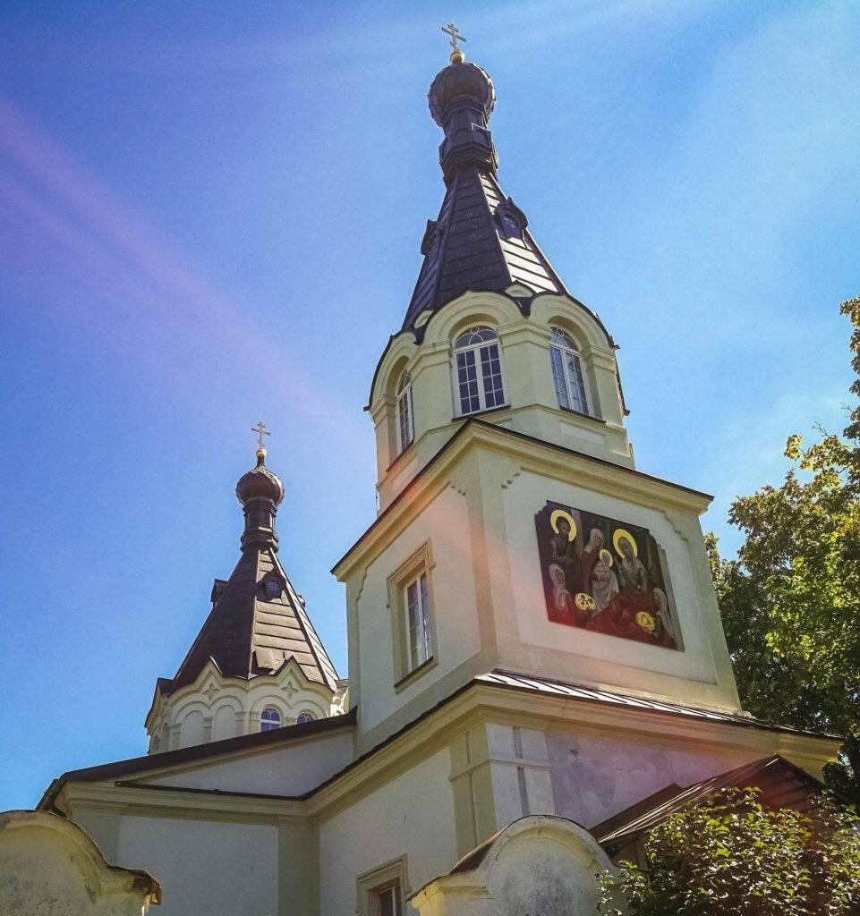 Além das paisagens maravilhosas Trakai possui igrejas bem bonitas