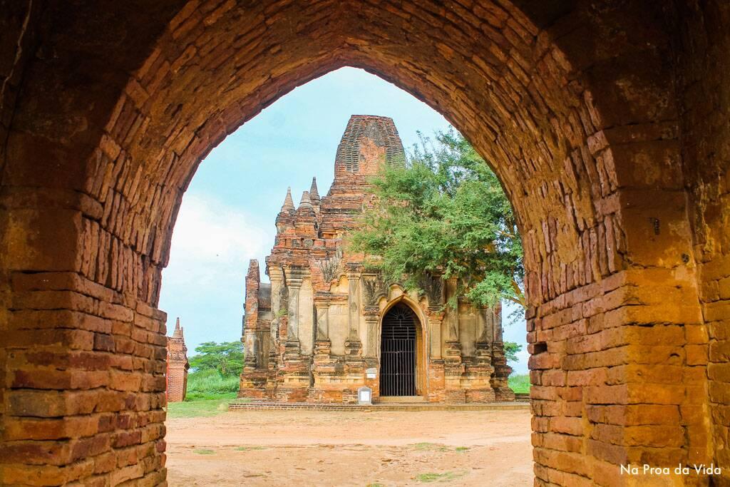 Um das centenas de templos de Bagan no Myanmar.