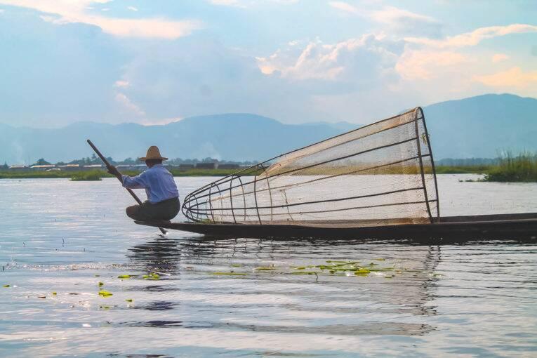 Pescadores no Inle Lake, Myanmar.