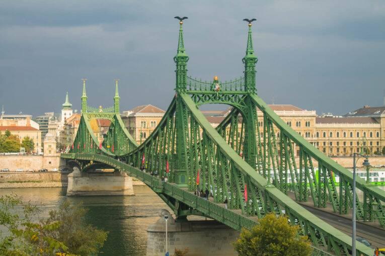 A Ponte da Liberdade (Liberty Bridge) de Budapeste | Foto: Bruno/@naproadavida - O que fazer em Budapeste de graça