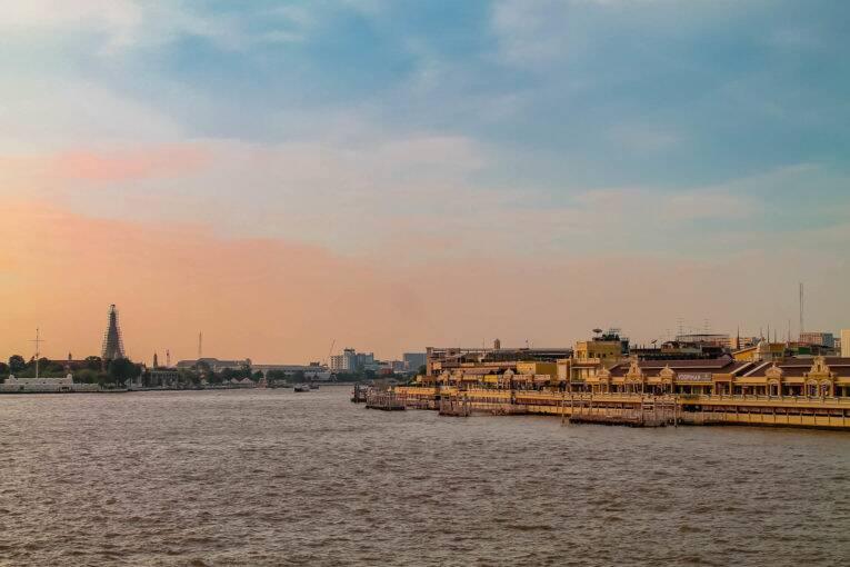 Pôr do sol visto da Memorial Bridge | Foto: Bruno/@naproadavida