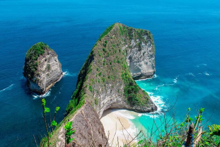 A famosa Kelingking Beach em Nusa Penida | Foto: Bruno/@naproadavida