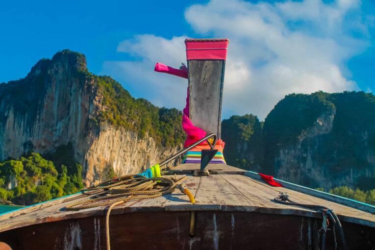 O famoso barquinho da Tailândia, longtail boat. Krabi