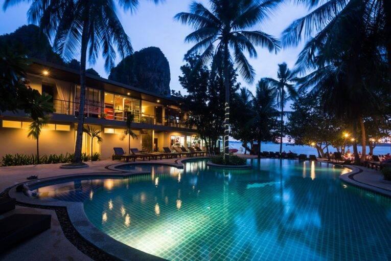 Piscina do Sand Sea Resort em Railay, Krabi - Foto: divulgação - onde ficar em Krabi