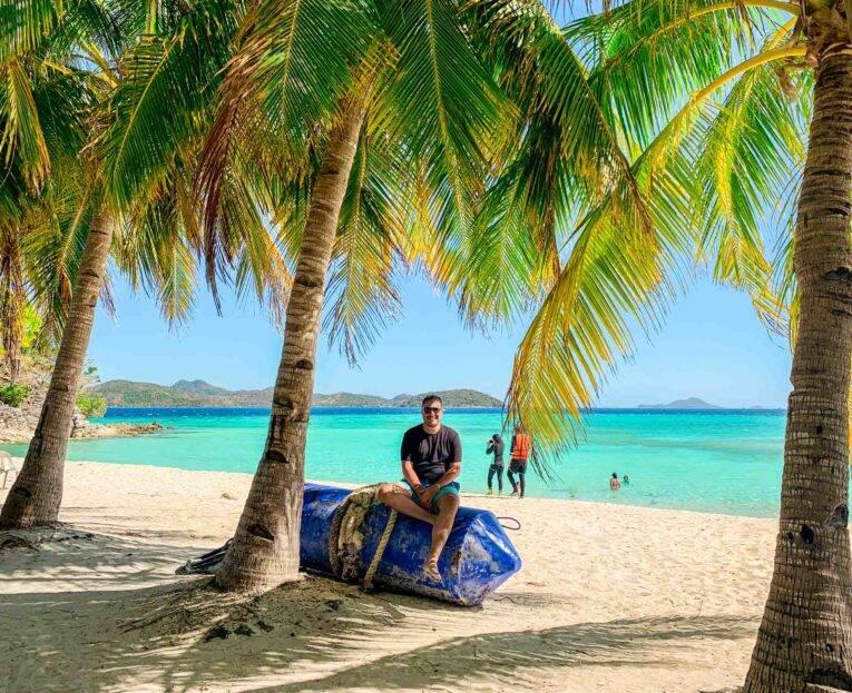 Curtindo um paraíso perdido nas Filipinas. Viajar sozinho é incrível!