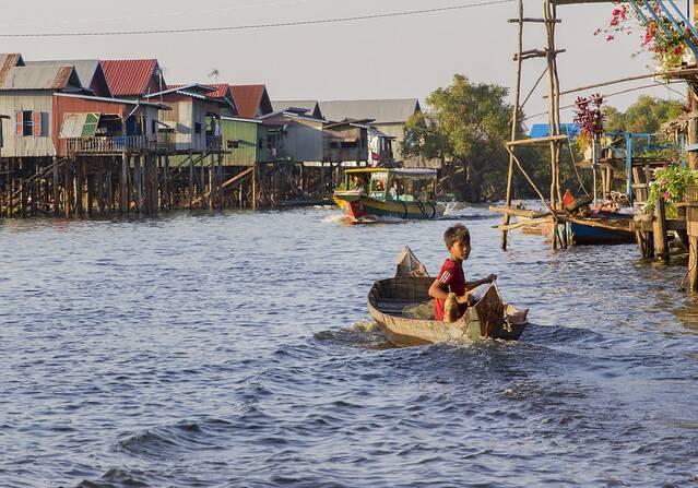 Realidade da Vilia flutuante de Chong Khneas