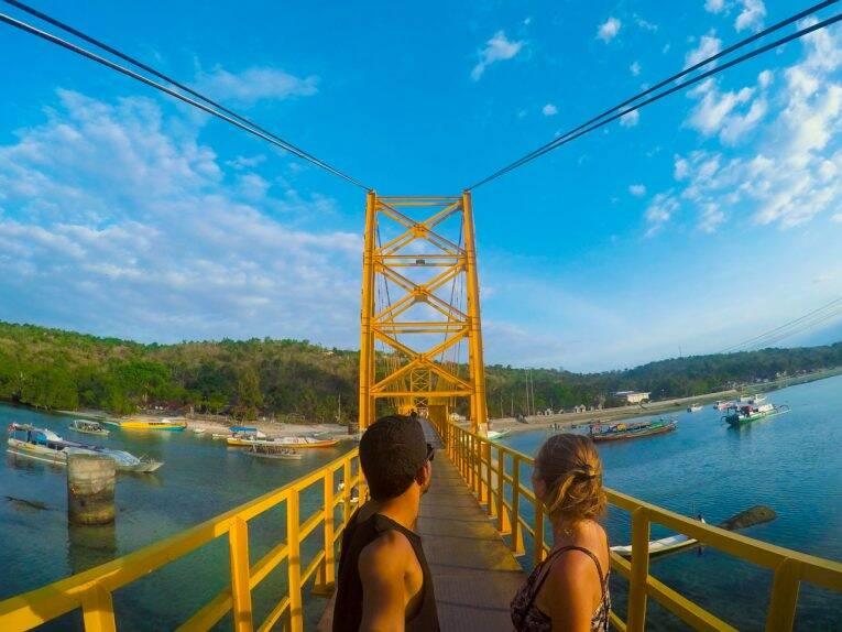 Yellow Bridge, a ponte que conecta Nusa Lembongan e Ceningan