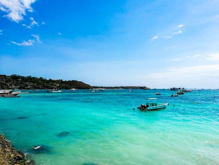 Praia de Jungut Batu em Nusa Lembongan, Indonesia. | Foto: Bruno/@naproadavida
