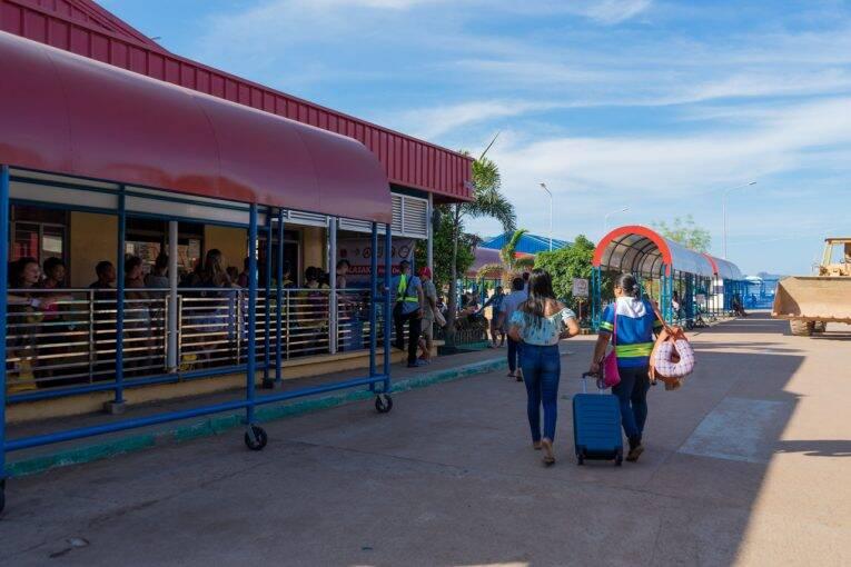 Pier de Coron, na ilha de Palawan - Coron para El Nido