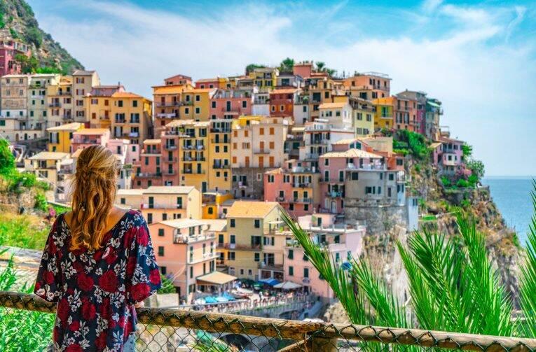 Melhores mirantes de Cinque Terre, Itália: onde apreciar e fotografar os vilarejos