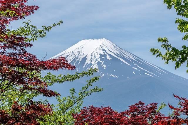 Monte Fuji e as cores da natureza no Japão