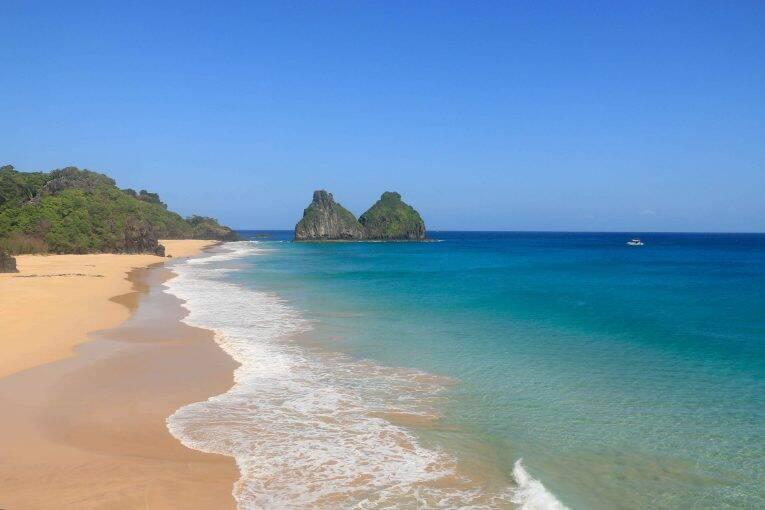 Praias de Fernando de Noronha: um guia com as melhores praias da ilha
