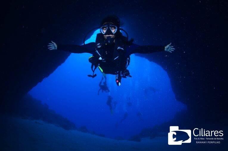 Foto de mergulho em Noronha (embarcado) tirada pela empresa de foto e vídeo Ciliares