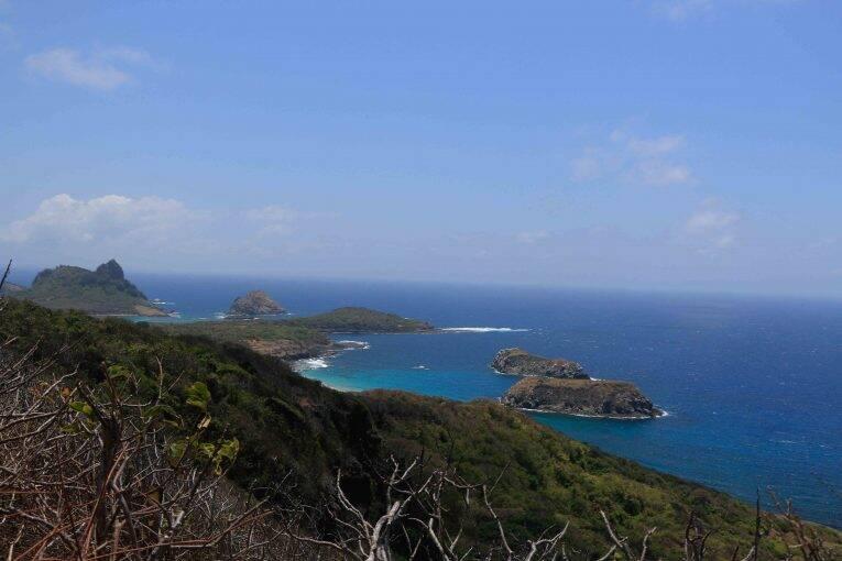 Vista do Mirante da Trilha do Capim Açu para o Mar de Fora.