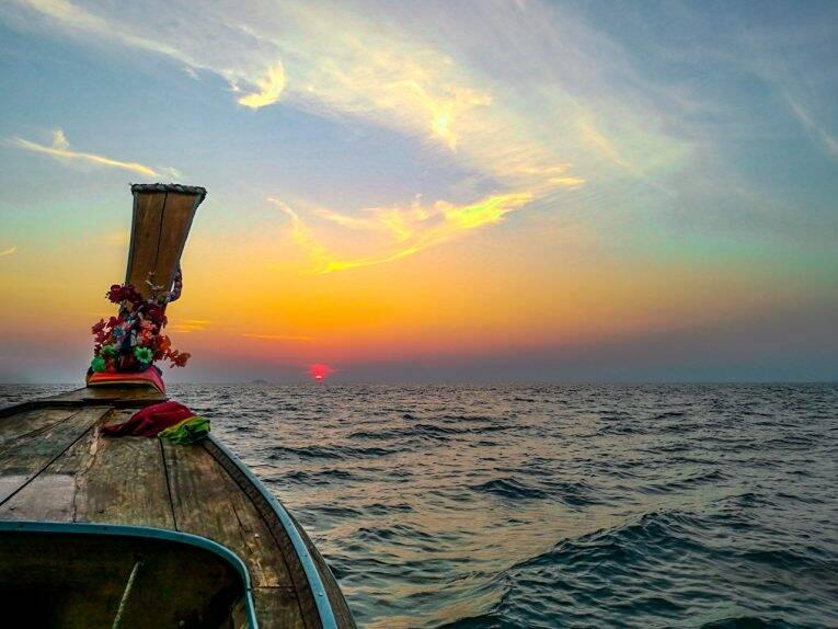 Onde ver o pôr do sol em Phi Phi, na Tailândia