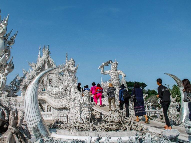 O templo branco (White Temple) é a atração mais visitada de Chiang Rai. | Foto: Bruno/@naproadavida