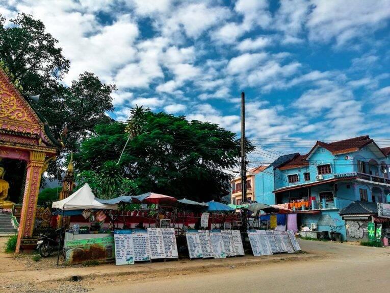 Centro de Vang Vieng, no Laos.