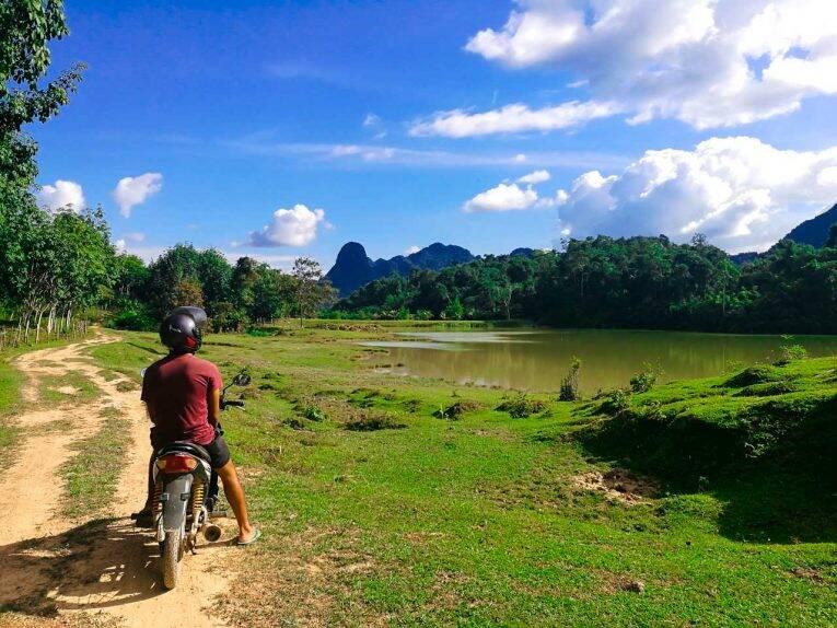 Paisagem maravilhosa de Vang Vieng, no Laos.