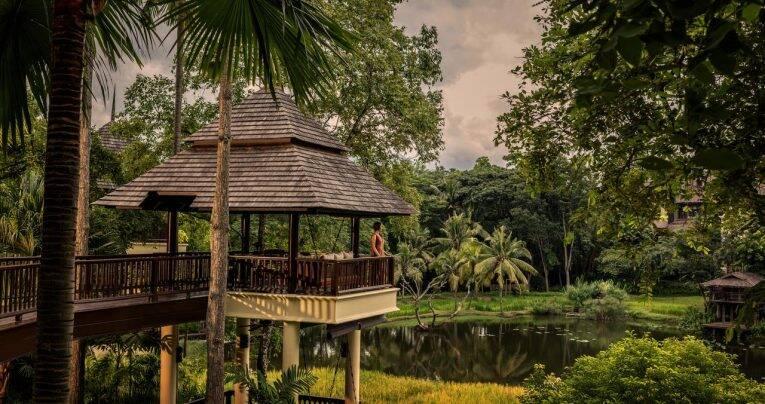 Área comum do Four Seasons Resort em Chiang Mai. | Foto: divulgação