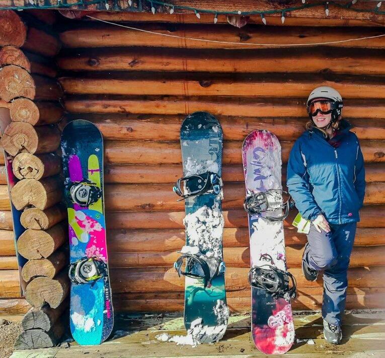 Roupas de ski ou snowboard para sua viagem no Canadá
