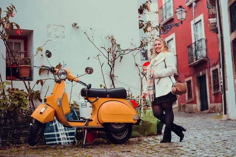 Ensaio fotográfico em Alfama em Lisboa