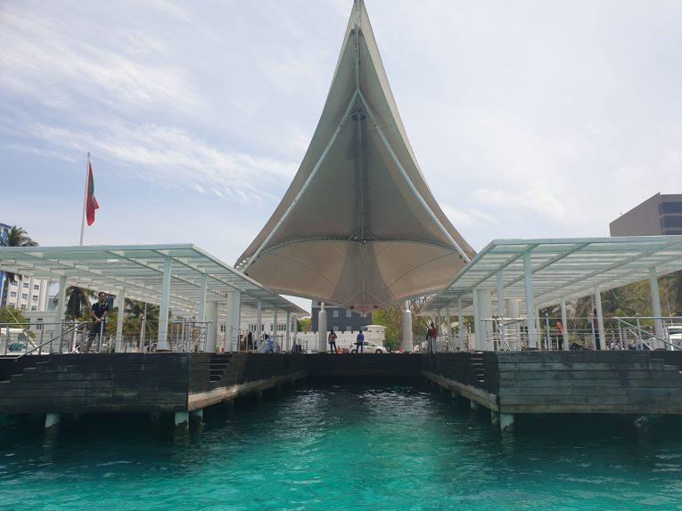 Porto de Malé, a capital das Maldivas.