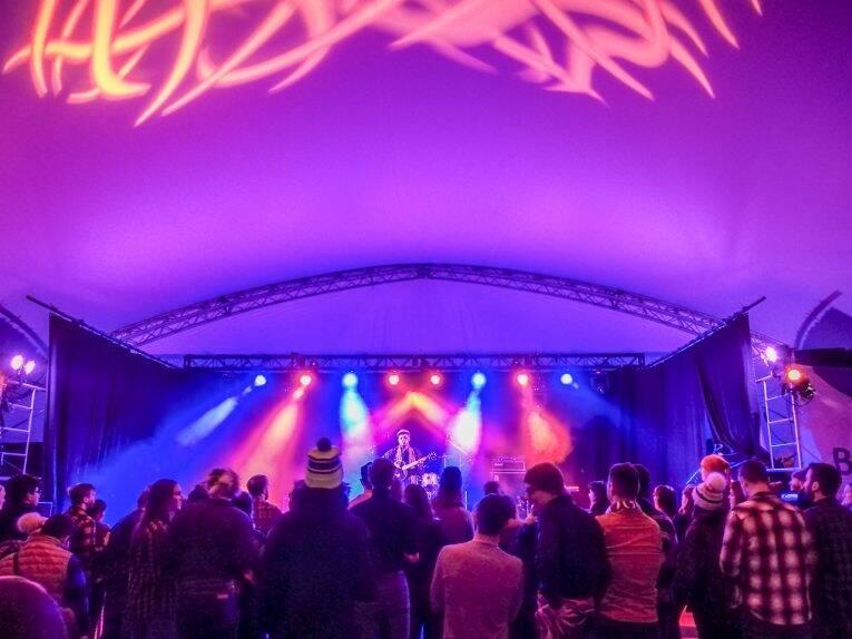 Show de Jazz durante o Festival du Voyageur em Winnipeg.