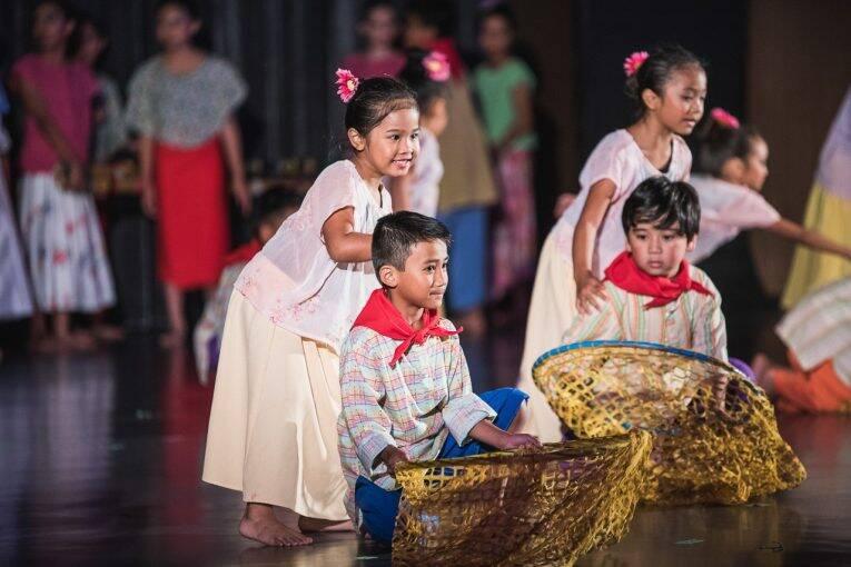 Apresentações durante o festival Folklorama. | Foto: divulgação