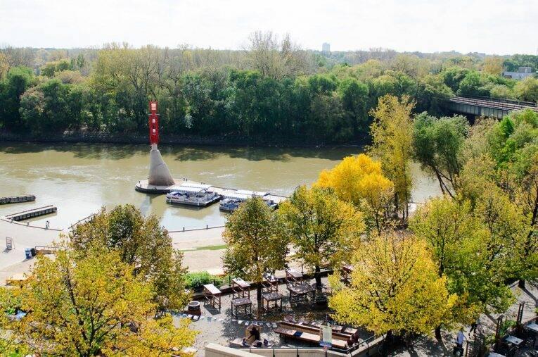 Winnipeg no verão: aproveitando parques, rios, trilhas e até praias