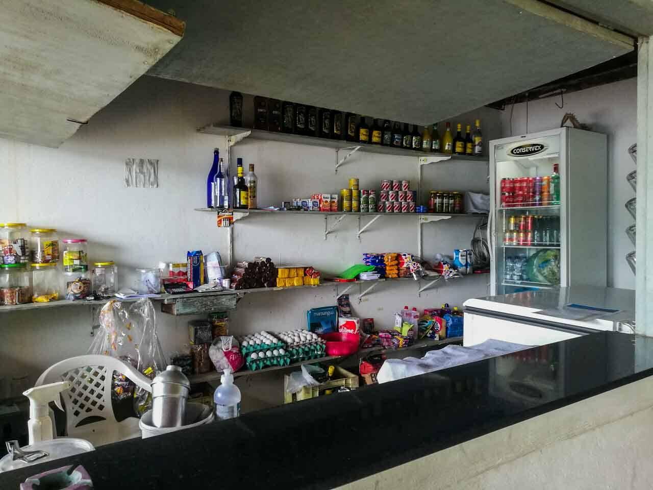 Vendinha no restaurante do Cruzeiro, Saco do Mamanguá.