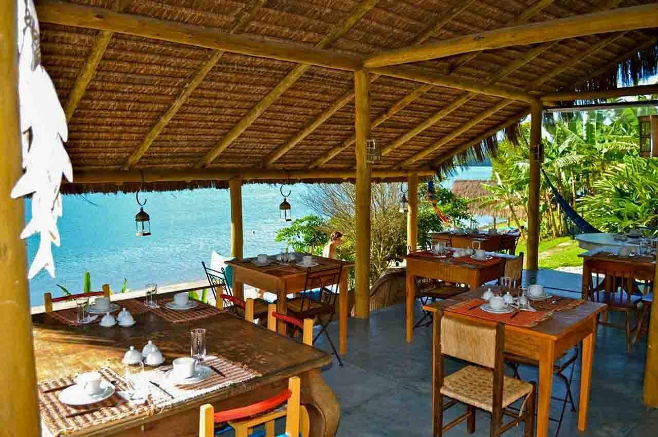 Espaço de gastronomia no hotel Refúgio Mamanguá.