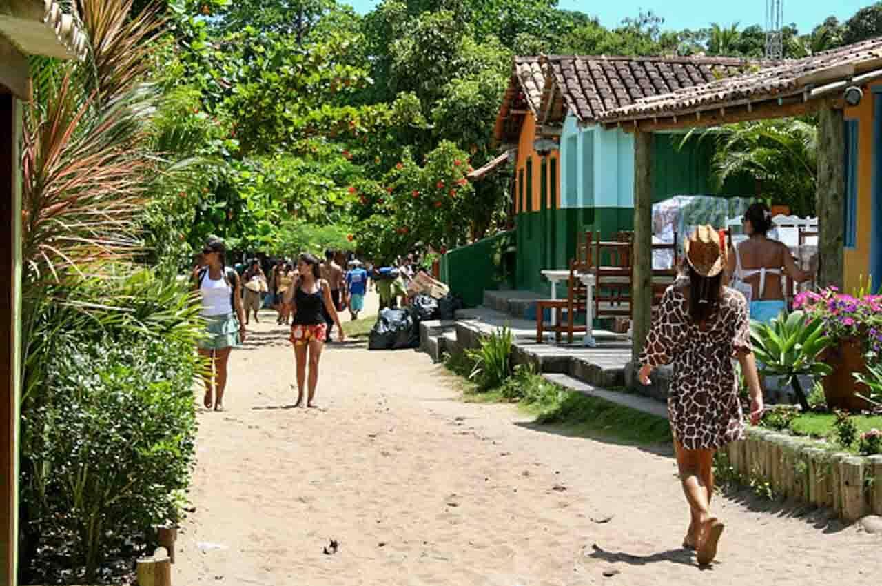 A vilinha de Caraíva sem carros e confusão.