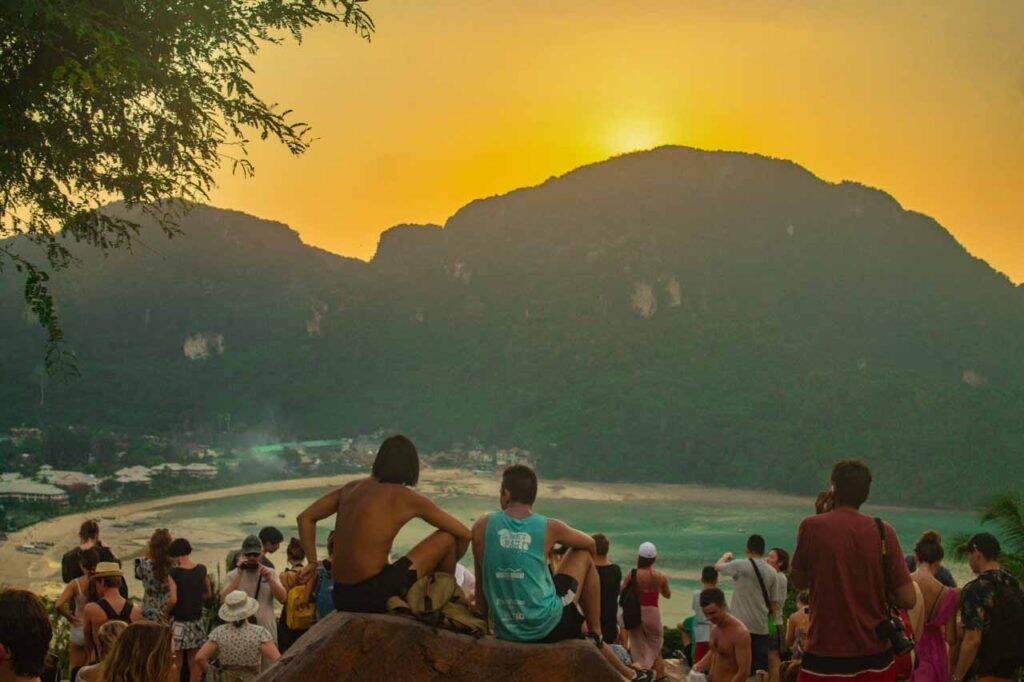 Viewpoint de Phi Phi no por do sol - Tailândia